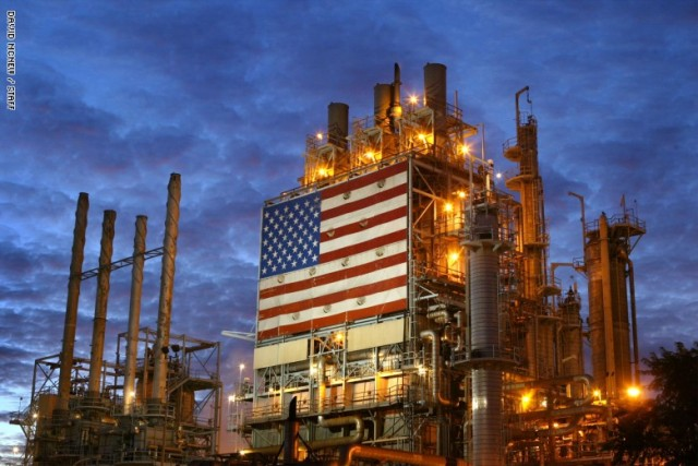 النفط الأمريكي راح بين الرجلين...