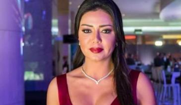 رانيا يوسف : تطلب المساعدة في حل مشكلتها من الجمهور
